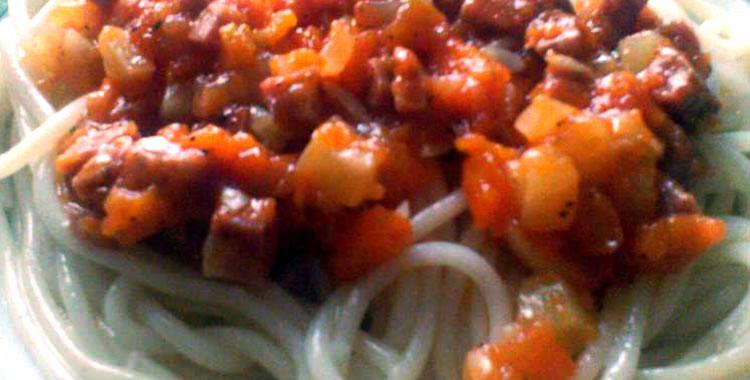 spagete-sa-sargarepom